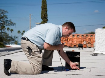 commercial-building-roof-inspection